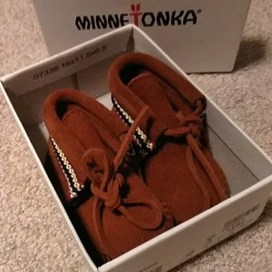 New Minnetonka moccasin booties, Infant size 3